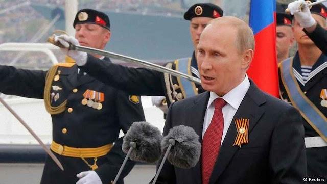 Putin comemora a anexação da Crimea