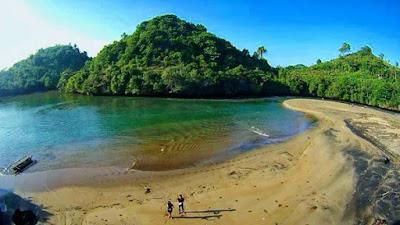 pantai ungapan kabupaten malang