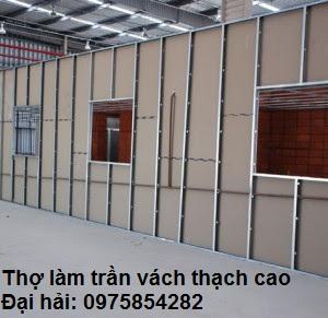 lam-vach-tuong-thach-cao-tai-ha-dong