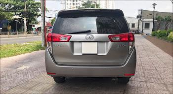 Ngoại thất Toyota 2.0E MT 2017 đã qua sử dụng màu Đồng