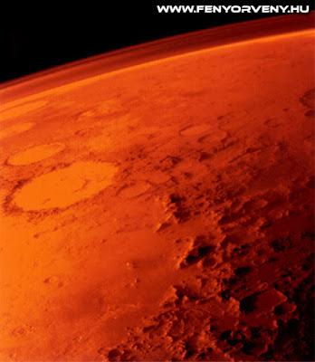 Oxigént találtak a marsi légkörben