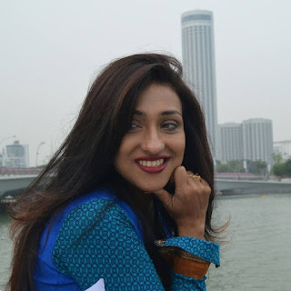 Rituparna Sengupta hot, movies, marriage photos, husband, upcoming movie, latest movie, family, date of birth, family photo, facebook, new movie, husband name, hot, movie list