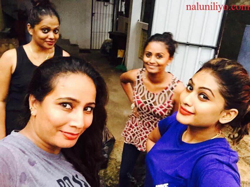Piumi Hansamali Nipuni Wilson selfies