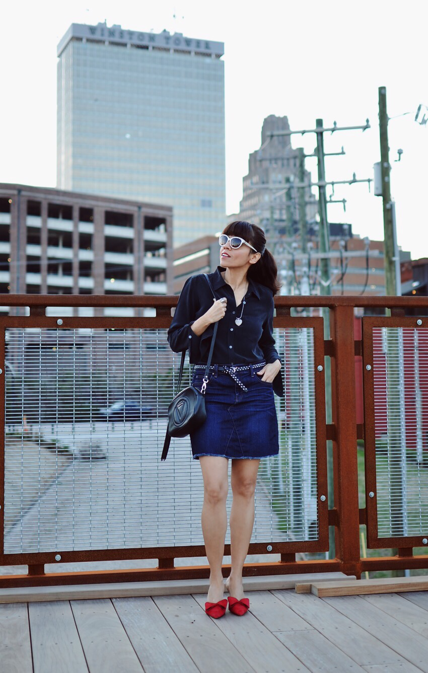 Denim mini skirt street style