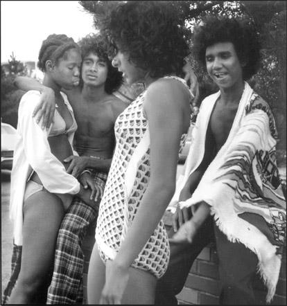 Como era ser jovem nos anos 70 ? - Série Fotográfica