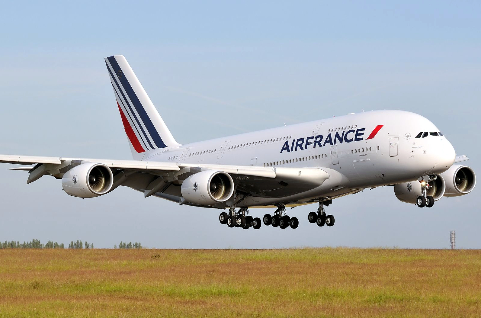 Airbus A380-800 of Air France Touching Down