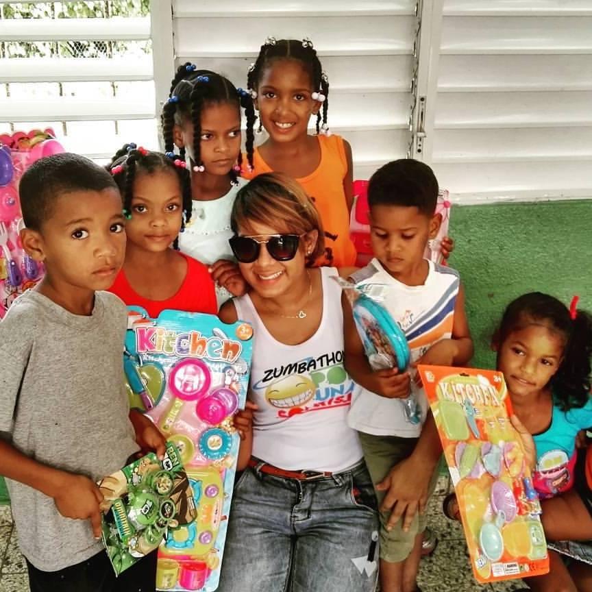 Lleva Campos Grande Noti Fundación Niños De Sabana Regalos Boyá A zUSMpV