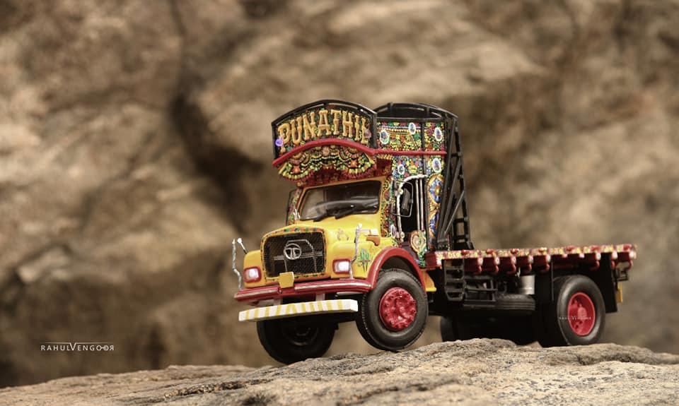 Lorry Miniature craft