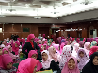 http://www.nurulfitri.com/2018/02/ikatan-pengusaha-muslimah-indonesia.html