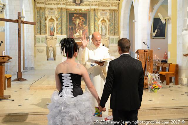 reportage photos mariage bénédiction des mariés église