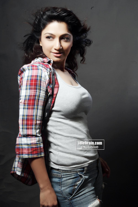 Yuvika Chaudhary Jeans Hot