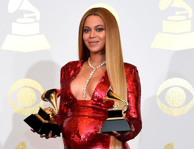 Beyonce dona 100.000 dólares a cuatro universidades
