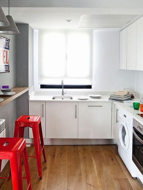 Kitchen With Bar 10
