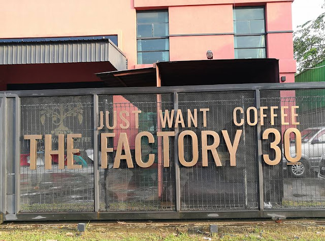 I Just Want Coffee Cafe Factory 30! - Favourite Cafe Contender in JB