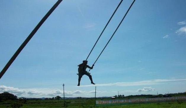 Wow...! Ada Ayunan Raksasa Setinggi 12 Meter di Sulawesi Selatan