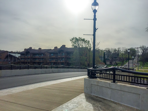 A view of Sunset Cove Condominiums from the scenic overlook at Illinois Avenue