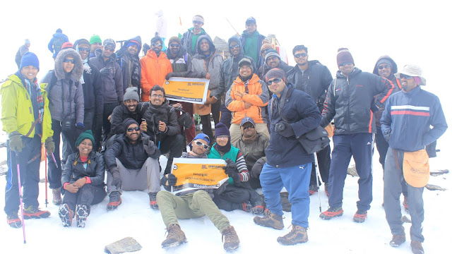 Pic : Entire group at Roopkund