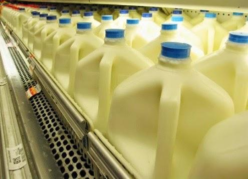 """Επιστήμονας του Harvard: """"Σταματήστε τώρα αμέσως να πίνετε γάλα με Χαμηλά Λιπαρά!"""""""