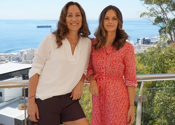 Princess Sofia wore a cotton petite flowers dress from By Timo. Princess Sofia founded Project Playground together with Frida Vesterberg