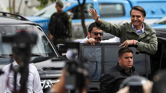 "Líderes latinoamericanos felicitan a Bolsonaro por ""histórico"" triunfo en presidenciales de Brasil"