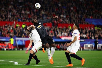 Lukaku DikritikTerlalu 'Lemah' Ketika Aksi Menentang Sevilla Oleh Dua Lagenda United Sendiri...