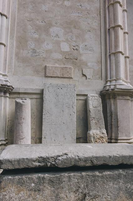 カルモ考古学博物館(Museu Arqueologico do Carmo)|南側廊(South Lateral Nave)