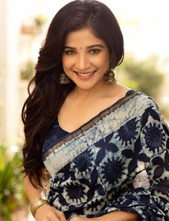 Sakshi Agarwal Family Husband Parents children's Marriage Photos