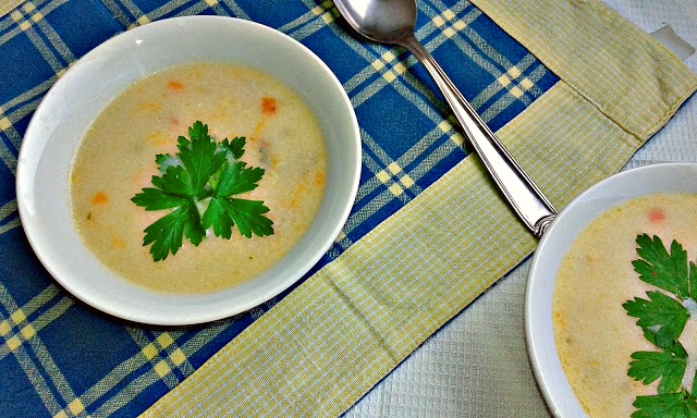 кремовий суп фондю з рисом і овочами