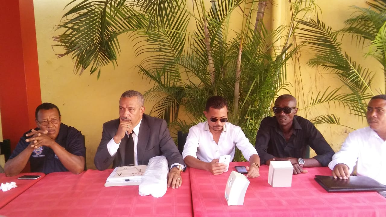 Alcalde de Vicente Noble dice empresa extranjera se resiste a pagar los arbitrios municipales.