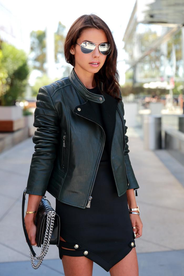 Vivaluxury Fashion Blog By Annabelle Fleur On The Edge