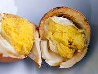 Virgin Boy Eggs- Telur Rebus Yang Dibuat Khusus Dengan Rebusan Urine Anak Laki-Laki