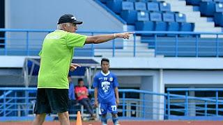 Gomez: Petinggi PSSI di Balik Penundaan Laga Persija vs Persib Bandung