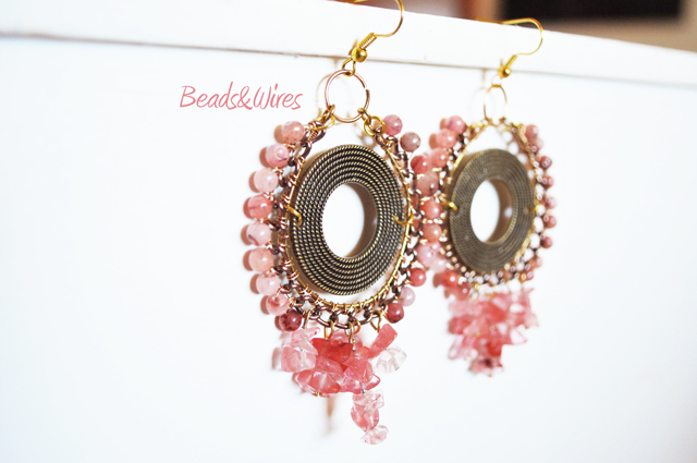 Orecchini rosa beads and wires