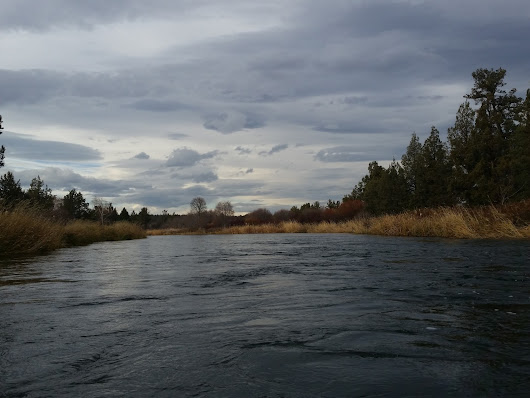 A Short Paddle on the Upper Middle Deschutes