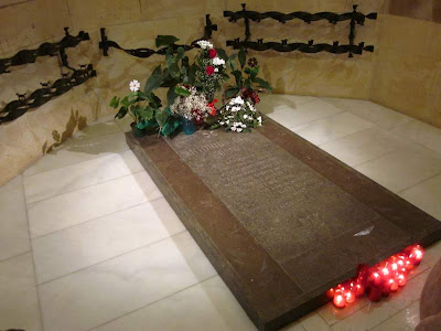 Tomb of Antoni Gaudí in the crypy of Sagrada Familia