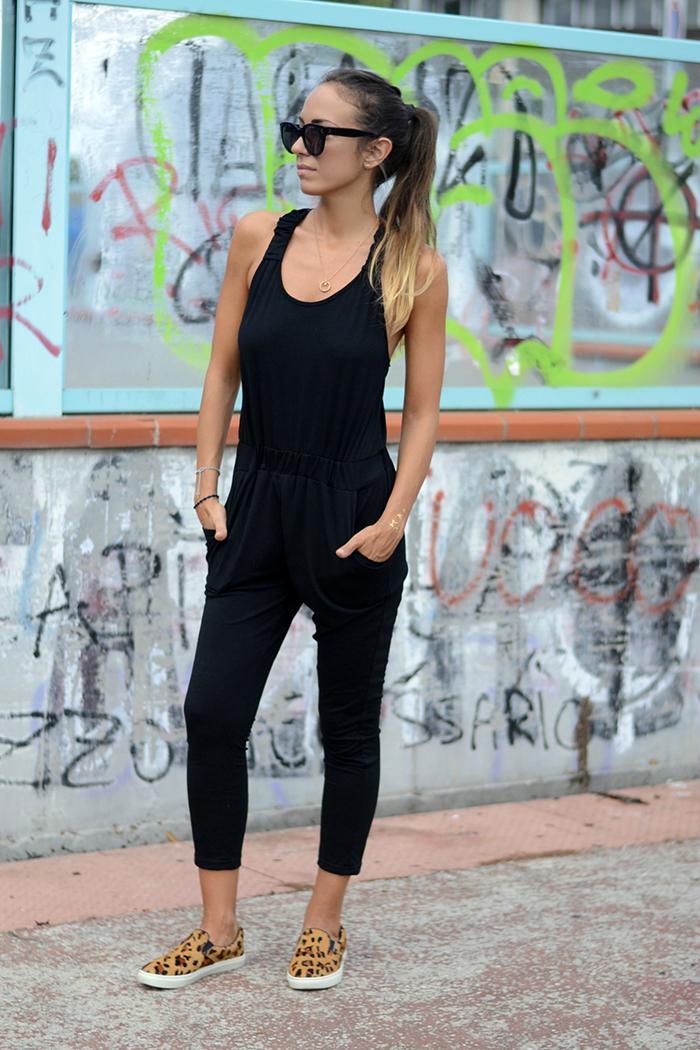 Nameless fashion blog