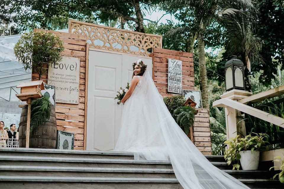 Ranawaywithmartha wedding blog 2 i chose the best makeup artist ranawaywithmartha wedding blog 3 junglespirit Choice Image