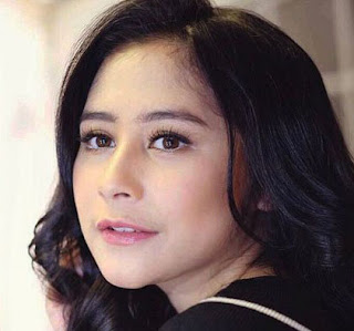 Lirik : Prilly Latuconsina - Cinta Tak Pernah Bohong (OST. BMBP)