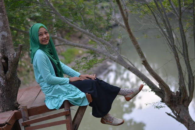 Kabupaten Boyolali merupakan sebuah kabupaten yang berdekatan dengan Kota Solo di Jawa Te Kali Cemara : Wisata gres Bernuansa Sungai Simo Boyolali