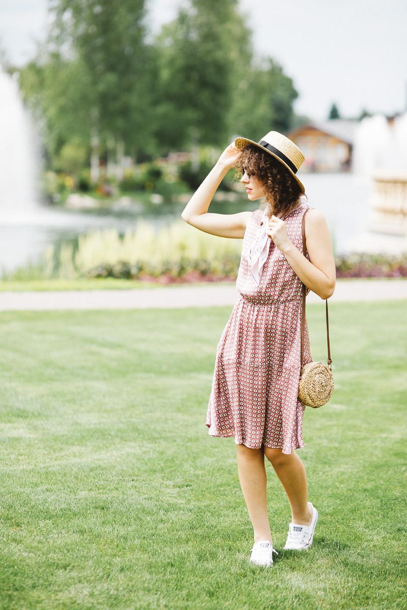 платье и кроссовки как носить