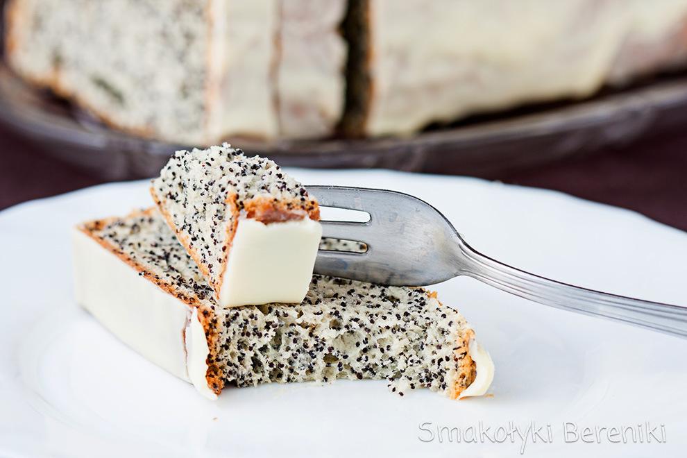 ciasto piegusek na białkach