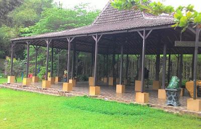 akcayatour, Fountain Waterpark, Travel Malang Semarang, Travel Semarang Malang, Wisata Semarang