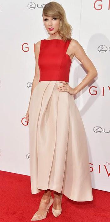 Vestido parte de cima vermelho, parte de baixo rosa
