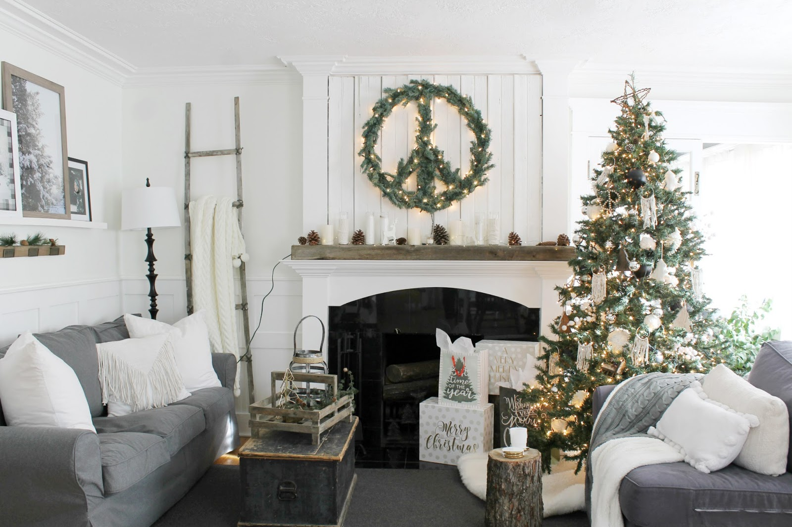Cozy Christmas Home Tour 2017 - The Wicker House