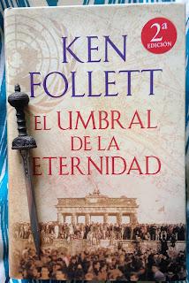 Portada del libro El umbral de la eternidad, de Ken Follett