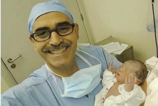 Keluar Dari Rahim Saat Adzan Maghrib, Bayi Yang Lahir Di Makkah Ini Langsung Berdoa