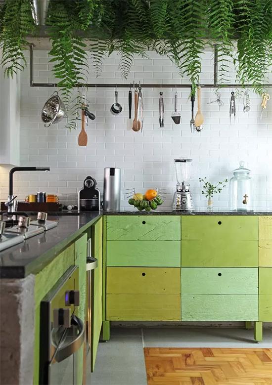 parede tijolos, parede tijolinhos, greenery a casa eh sua, acasaehsua, decoração, decor, home decor, home design, interior design, interior, plantas na cozinha