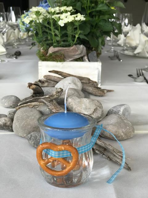 Trachtenhochzeit in Himmelblau und Weiss, heiraten auf der Zugspitze, feiern im Riessersee Hochzeitshotel in Garmisch-Partenkirchen, Hochzeitsplanerin Uschi Glas