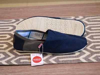 Sepatu Wakai Women Navy Grey