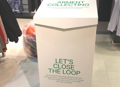 H&M clothes recycle station